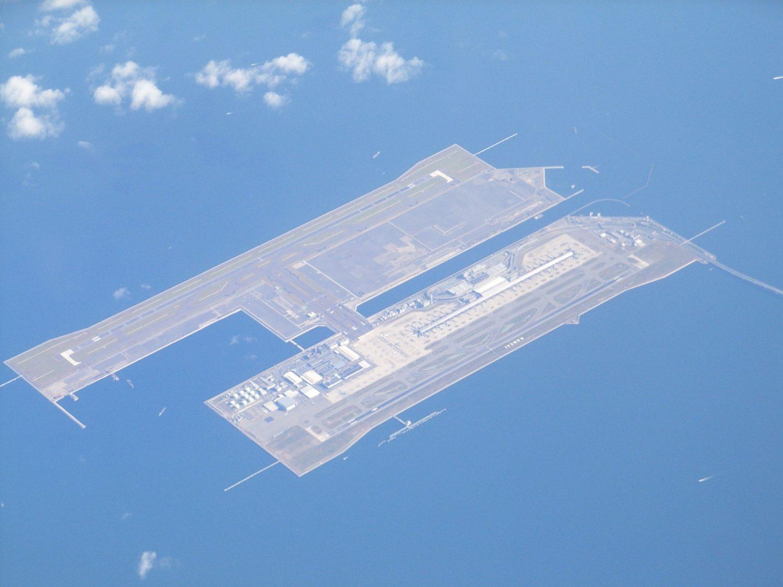 関西国際空港を空から撮影した写真