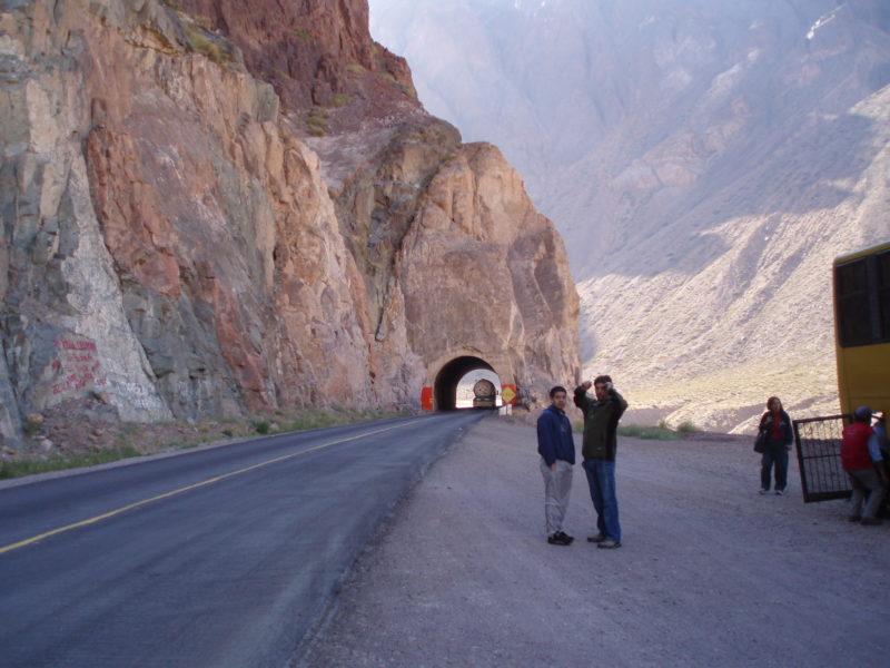 アコンカグア登山口までのバスが故障中