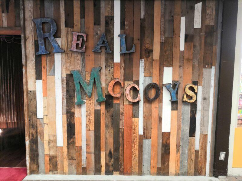 REAL MCCOYS 店舗の壁デザイン